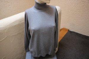 Jersey de cuello alto gris tejido mezclado