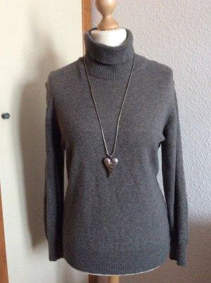 C&A Turtleneck Sweater light grey