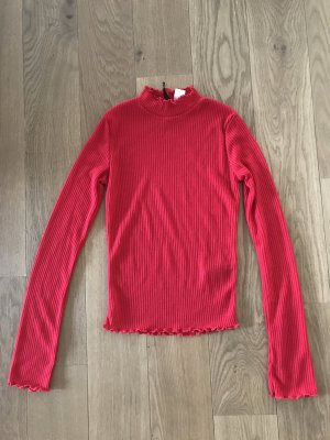 H&M Turtleneck Sweater red