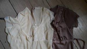 Romantische Blusen Gr. 34