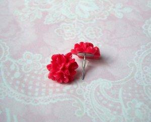 romantische Ohrstecker Blumen rot Resin