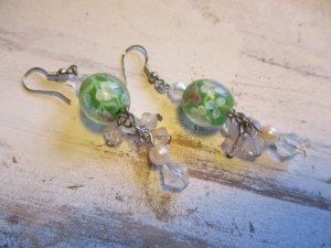 Pendientes de cuentas verde pálido-verde claro vidrio