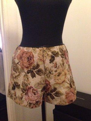 Romantische Shorts im Boho Stil
