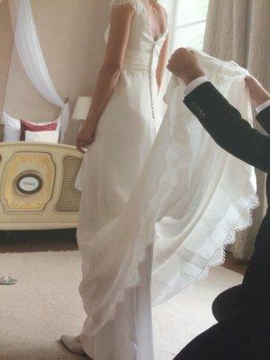 Romantisches Brautkleid Seide
