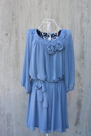 Romantisches festliches Kleid