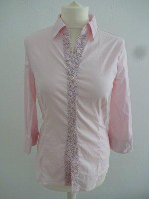 romantisches Hemd mit besonderem blümchenkragen