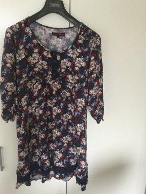 Romantisches knielanges Kleid mit Blumenprint
