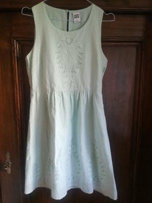 Romantisches Sommerkleid von Vero Moda