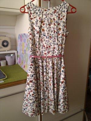 Romantisches sommerliches Kleid von Closet - top Zustand