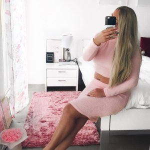 Rosa 2pieces Skirt Sweater weich Bloggerstyle