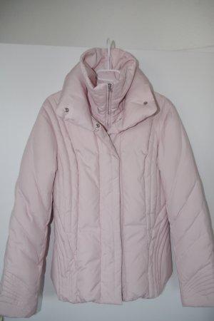 rosa Daunenjacke von Exquisit Größe 38 leicht tailliert