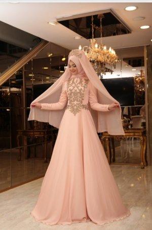 Rosa farbenes Abendkleid