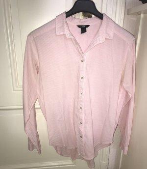 Rosa gestreiftes Hemd