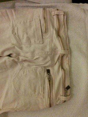 rosa Jeans mit Reißverschlussdetails