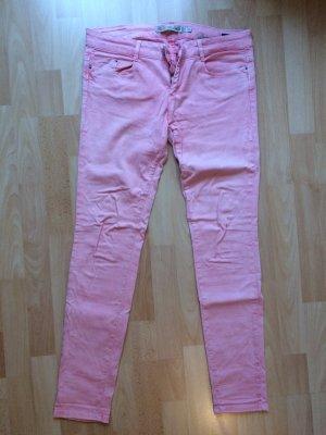 Rosa Jeans von Zara