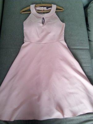 Robe rose clair
