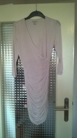 Rosa Kleid mit Ärmeln