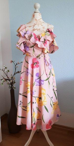 rosa Kleid mit Blumen, Wickelkleid, Brautjungfernkleid von asos