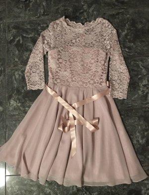 Rosa Kleid mit Spitze von SWING
