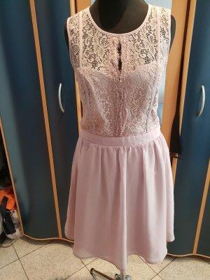 Rosa Kleid von Bodyflirt