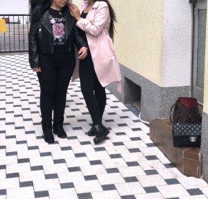 Rosa mantel