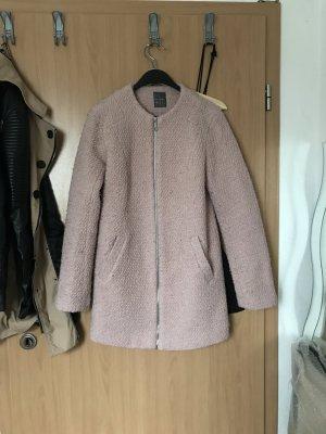 rosa Mantel von primark in Schafsfelloptik