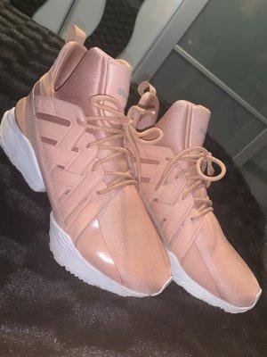 Rosa Puma Schuh