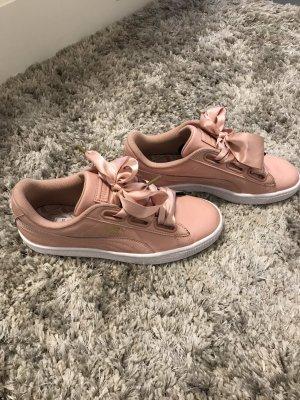 Rosa Puma Schuhe