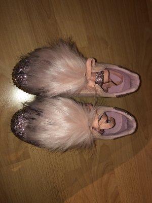 Rosa Schuhe mit Glitzer und Plüsch