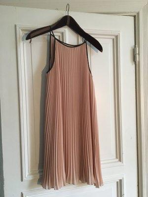 Rosa schwarzes Kleid hallhuber plicee Abendkleid abiballkleid cocktailkleid Party schick zart