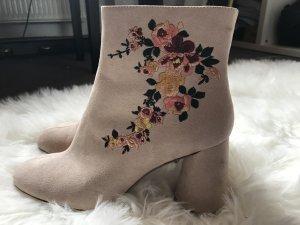 Rosa Stiefeletten, Blumenstickerei, Zara, Größe 39, guter Zustand