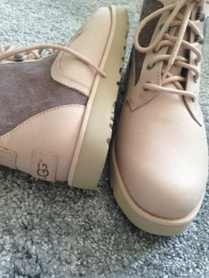 rosa Stiefeletten UGG Boots Gr 40