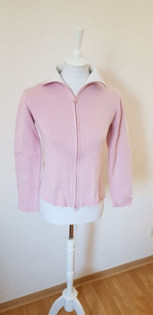 Rosa Strickjacke