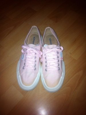 Rosa Superga Sneaker
