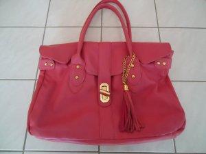 Rosa Tasche, mit viel Platz für Mädchenkram