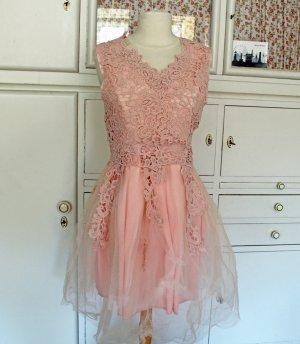 Rosa Tüll-Kleid mit viel Spitze, Neu & ungetragen, Gr. L