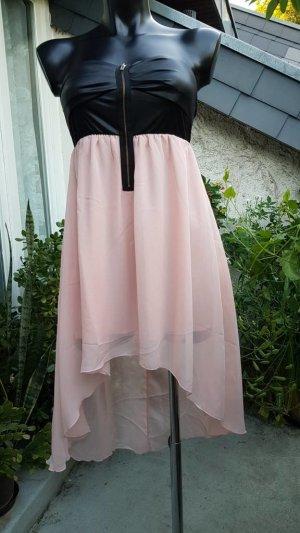 rosa Tüll-Sommerkleid mit schwarzem Bustier
