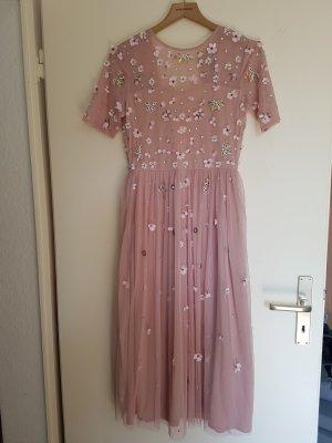 Rosa Tüllkleid mit Pailletten von Lage & Beads