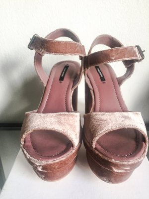 Rosa Velvet Platform Sandalen Zara (Saint Laurent/Miu Miu Lookalikes)