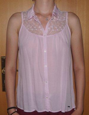 rosafarbene Bluse mit Spitze