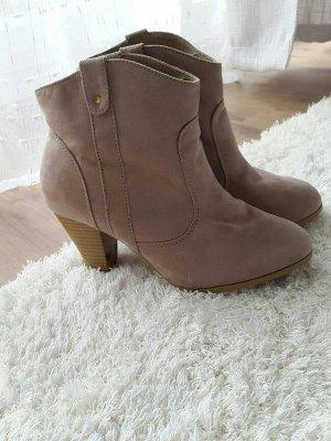Rosafarbene Boots / Stiefeletten / Stiefel nude altrosa