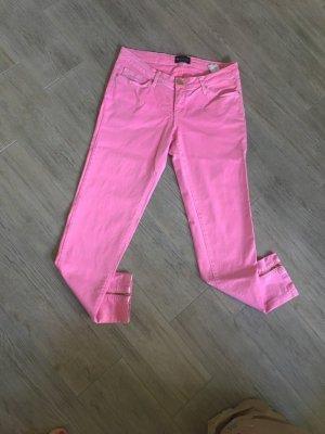 Rosafarbene Jeanshose von Laura Scott