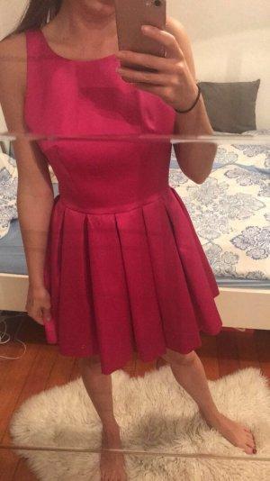 Rosanes ausgefallenes Kleid