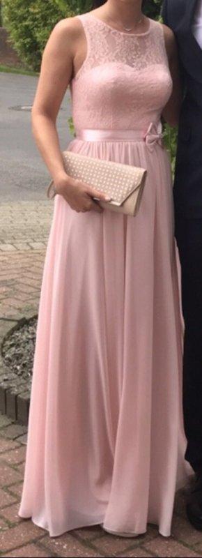 Rosanes Kleid von Laona