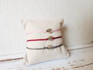 rosanes Makramee Armband mit silberner Muschel Kaffebohne NEU und größenverstellbar!
