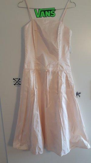 Rosanes Prinzessinnen Kleid