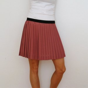 H&M Pleated Skirt black-pink