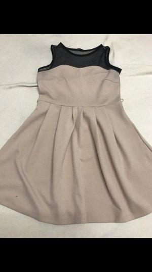 Rose Kleid mit Netzschultern