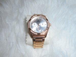 Roségoldene Armbanduhr