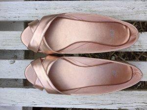 Roségoldene Ballerinas von H&M